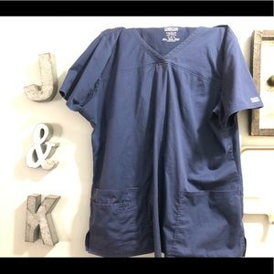 Navy scrub top XL